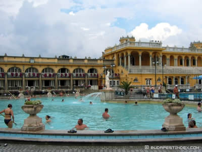 Sz chenyi spa budapest blog what to do and what to see for A list salon budapest